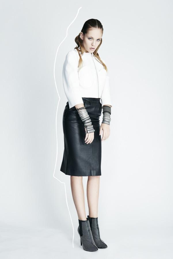 MARINE HENRION ® | Site Officiel | Créatrice de mode futuriste Kodd Magazine - 2014