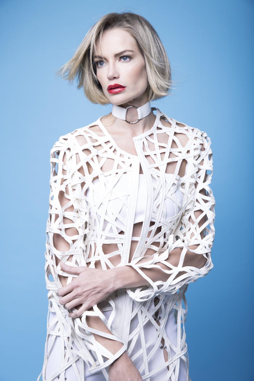MARINE HENRION ® | Site Officiel | Créatrice de mode futuriste Arash Khaksari